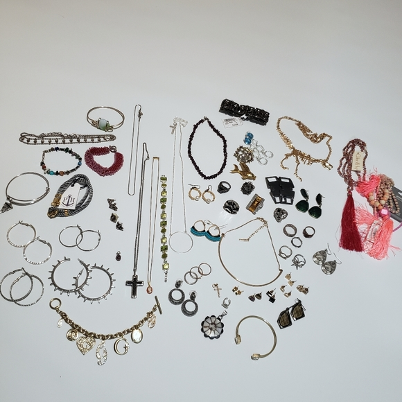 REALLY BIG lot of jewellery.